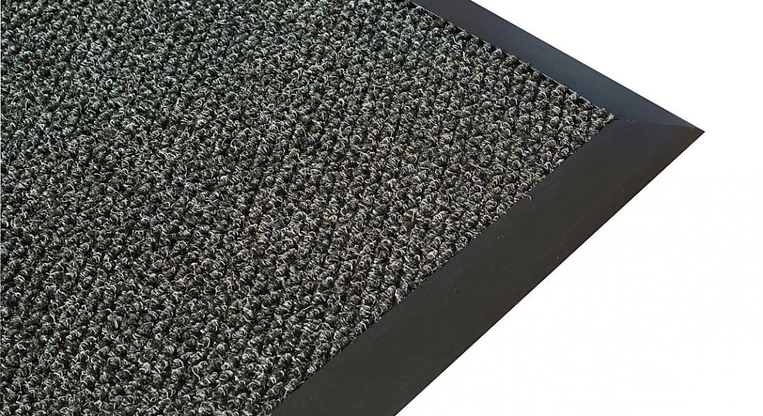 tough-scrape-entrance-mat-with-non-trip-edge